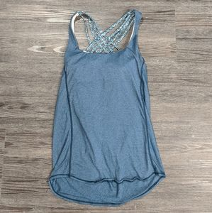 """Lululemon """"Knot Your Typical Tank"""" Torquoise • 4"""